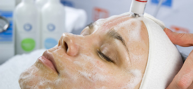 Hydrodermabrasion / Microdermabrasion - Medicine of Cosmetics